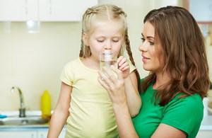 koliko_vode_je_potrebno_deci